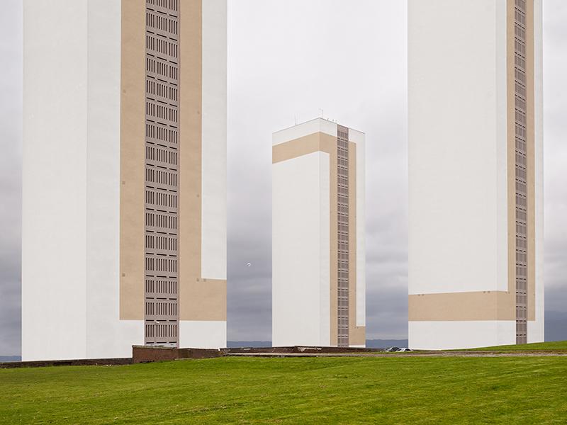 Blocks - 01_BL1155532504134301,digital pigment print,100x129cm,2011